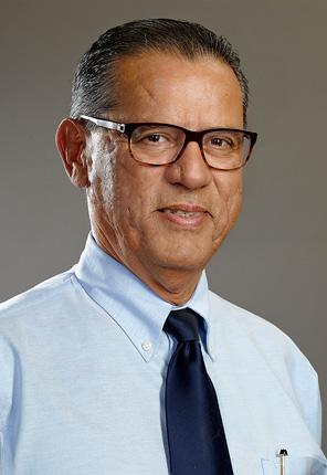 Principal Dr. Santiago Jackson